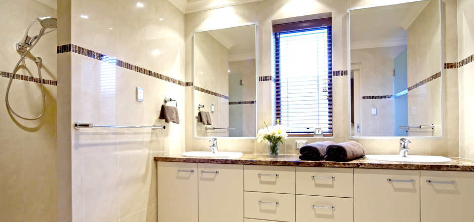 Kitchen and bath design ideas 2017 grasscloth wallpaper - Bathroom decorating ideas australia ...